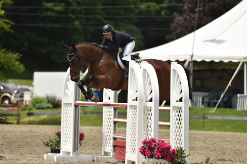 Cynthia McGrath Wins $10,000 High Junior/Amateur-Owner Classic at Vermont Summer Festival
